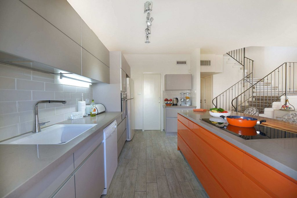 שיפוץ דירה בהרצליה - דופלקס - מטבח